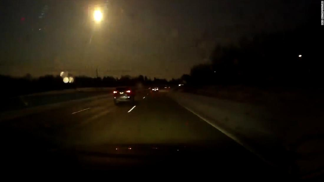 Flash of light in Michigan is likely a meteor, says National Weather Service