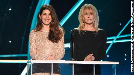 Marisa Tomei (L) and Rosanna Arquette onstage during the 24th Annual Screen Actors Guild Awards