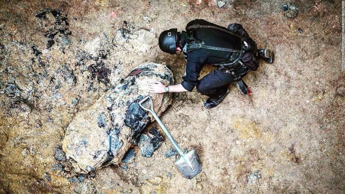 Hong Kong police defuse unearthed World War II bomb