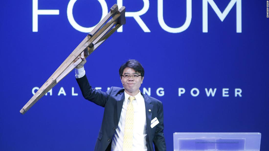 N. Korean defector attends speech
