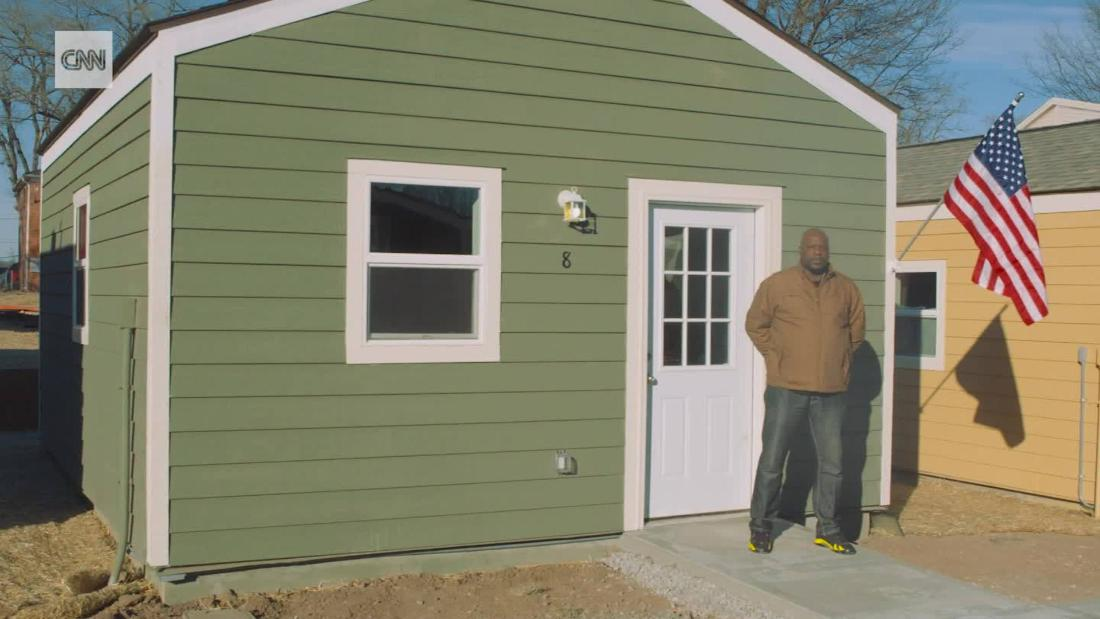 tiny homes for homeless veterans cnn video. Black Bedroom Furniture Sets. Home Design Ideas