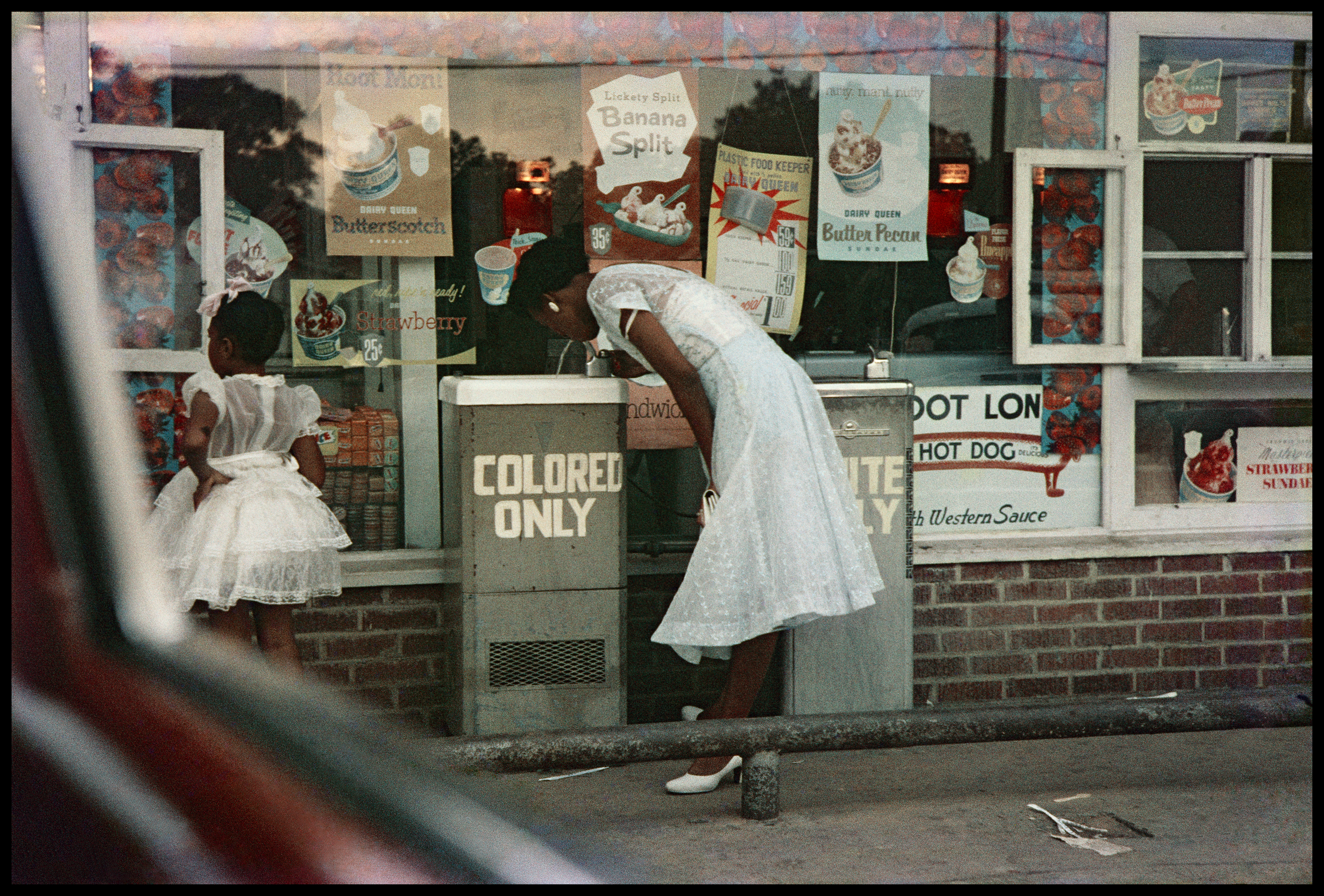 Gordon Parks: Powerful photos capture racism in America