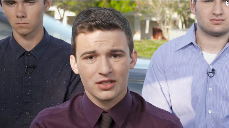 Stoneman Douglas School Cop Who 'Never Went In' During Shooting Has Resigned