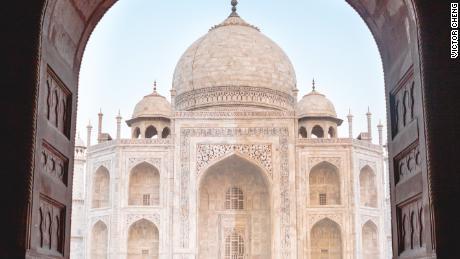 India's beloved attraction, the Taj Mahal, closes amid coronavirus concerns
