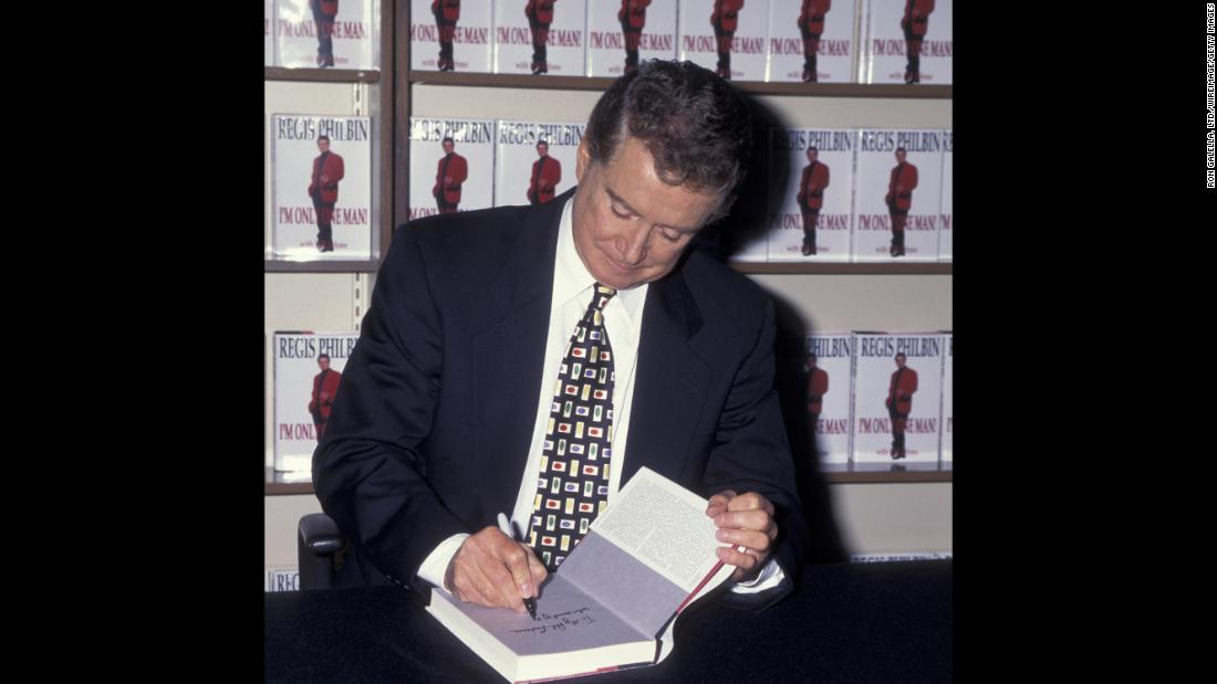 "Regis Philbin signs a copy of his book titled ""I'm Only One Man!"" at a B. Dalton Bookstore in New York City on September 12, 1995."