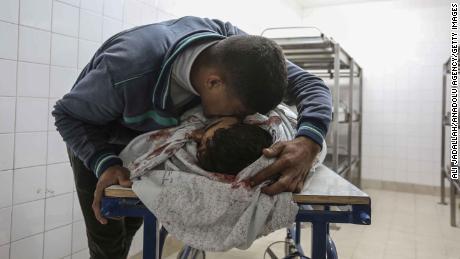 Gazans bury their dead after bloodiest day in years