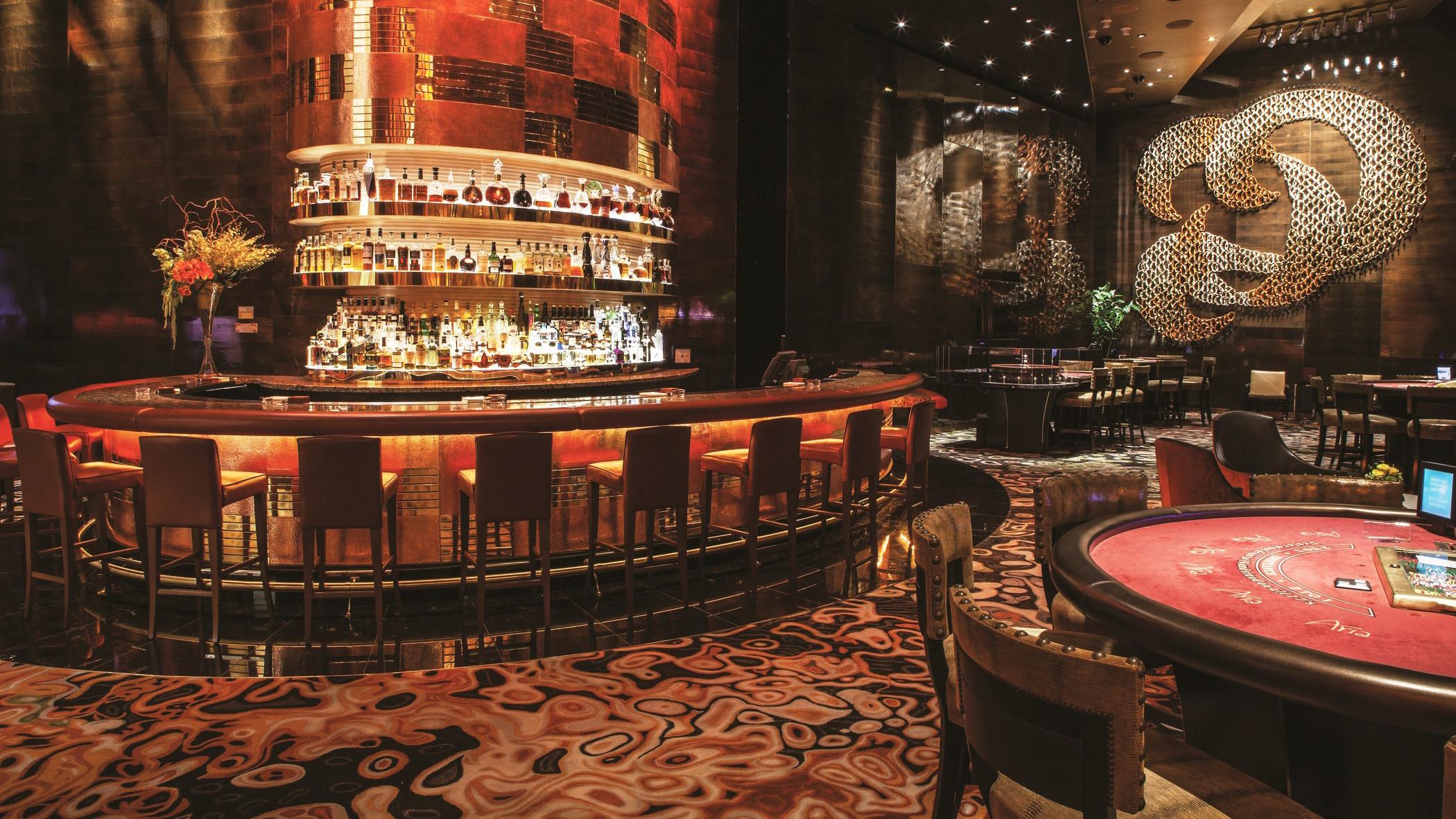 Pamiętniki z wakacji 180413130339-02-las-vegas-casinos