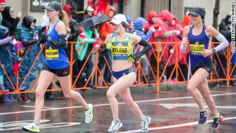 Boston Marathon runners told to take shelter