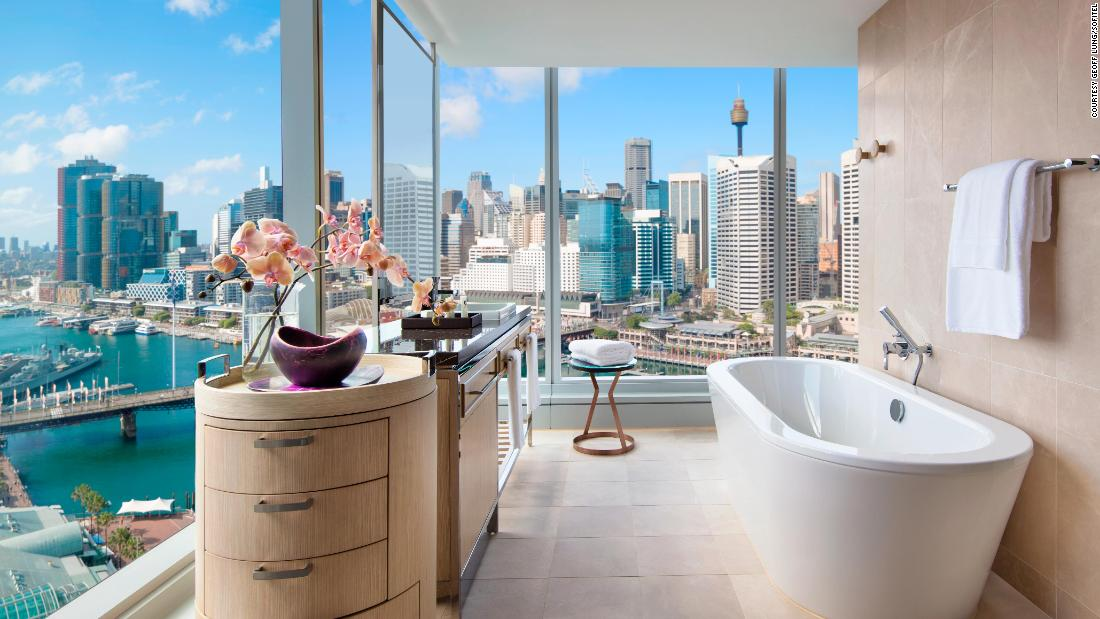 Top hotel bathtubs around the world that have a great view