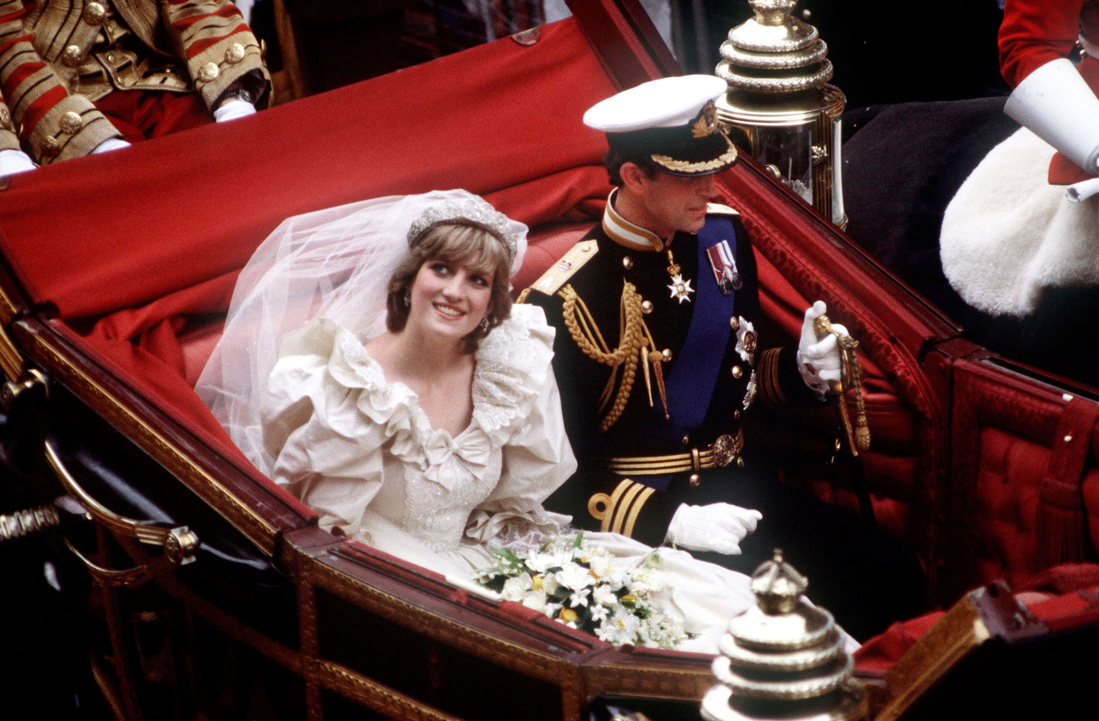 Princess Diana Ghost At Prince William S Wedding.The White Wedding Dress Its History And Meaning Cnn Style