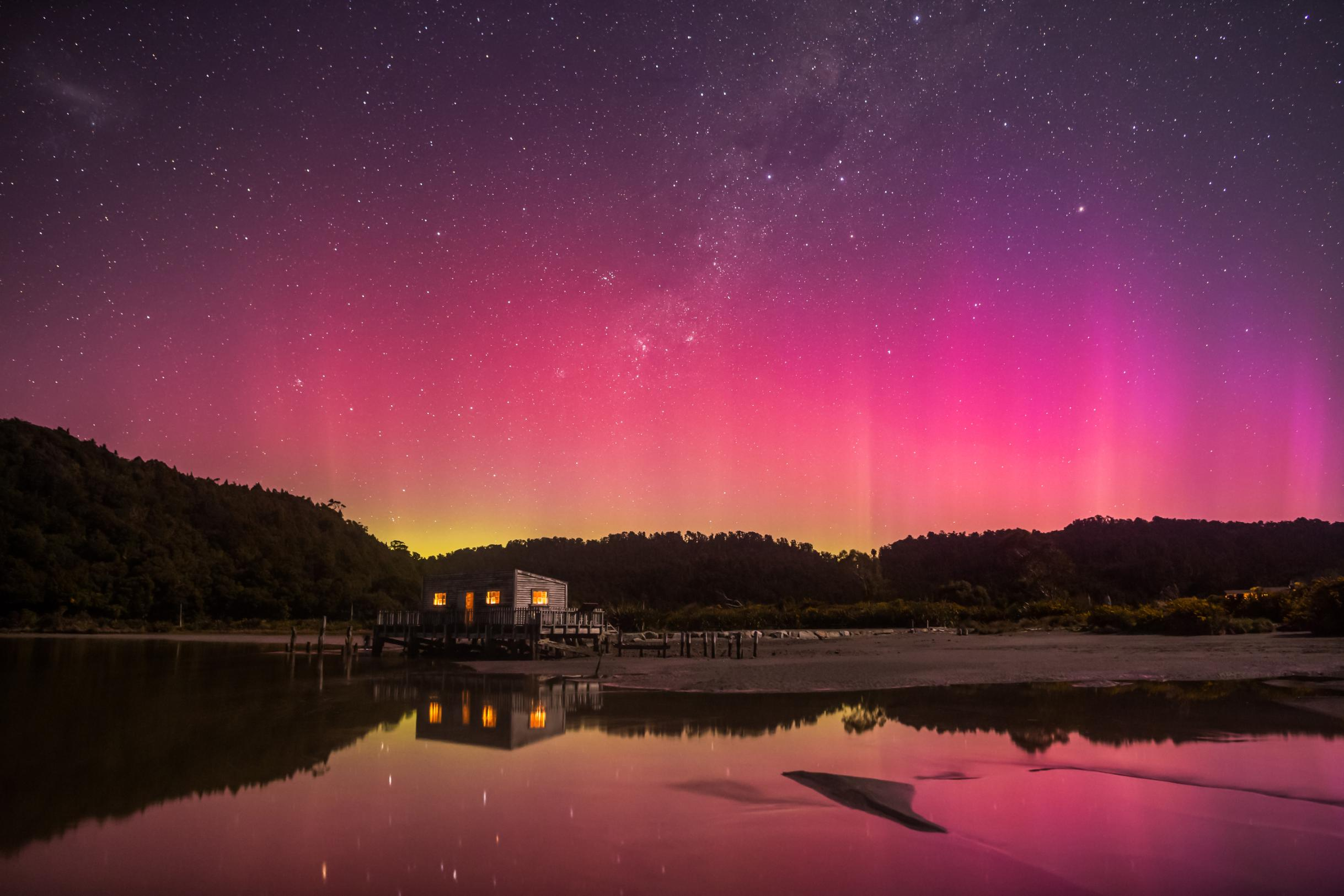 Southern Lights Where To See The Aurora Australis In New Zealand