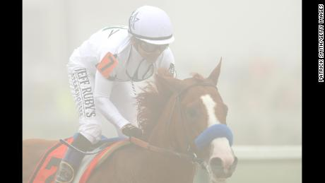 Justify wins Preakness Stakes, earning second jewel of Triple Crown