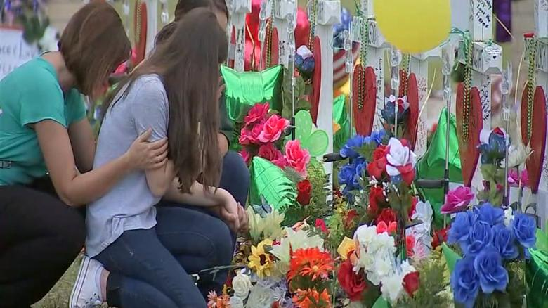 Santa Fe hits home for veteran of helping mass shooting victims heal