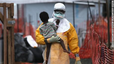 Health workers finish vaccinating contacts of Ebola patients in DRC's Mbandaka