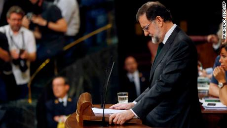 Mariano Rajoy pauses during a speech ahead of the confidence vote Friday at the Spanish parliament in Madrid.