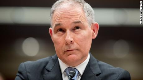 Aide: EPA's Pruitt sought used Trump hotel mattress