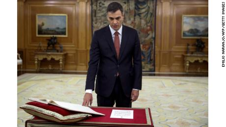 Pedro Sánchez takes the oath of office Saturday at Zarzuela Palace outside Madrid.