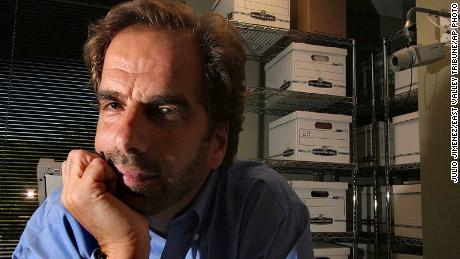 Dr. Steven Pitt poses in Scottsdale, Ariz. Friday, June 29, 2007.