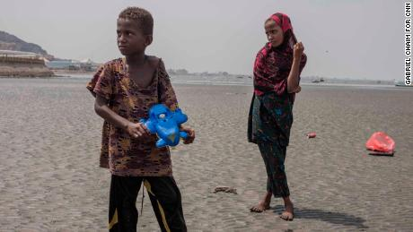 Somalian children migrants on the route to Aden