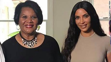 Kim Kardashian West meets woman she helped free from prison