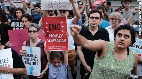 Family separations cause a rift between GOP leaders, WH