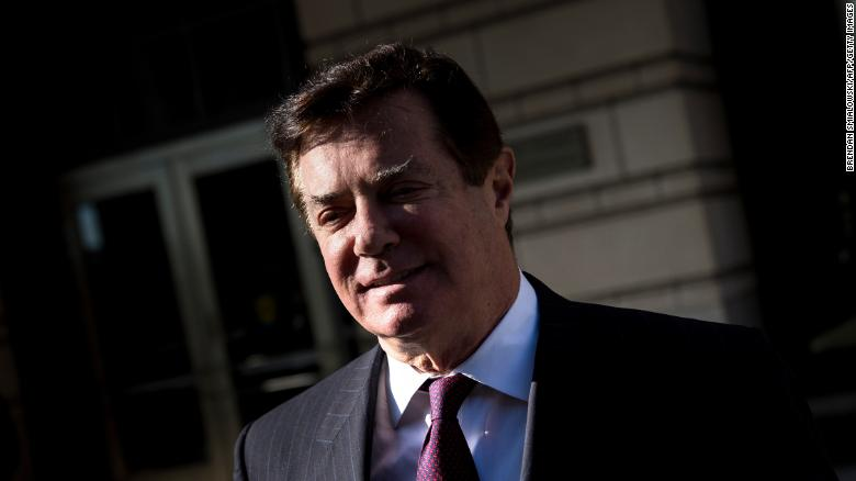'A Jacket for Every Treason': Internet Mocks Paul Manafort's $15,000 Ostrich Coat