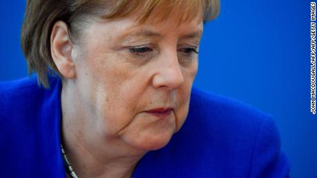 German interior minister 'resigning in migration row with Merkel'