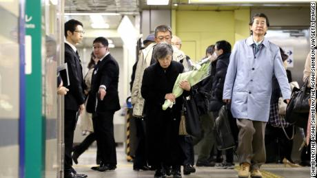 Shizue Takahashi, whose husband was killed by the cult of the end of the world Aum Shinrikyo nervous sarin gas attack while on duty at the Kasumigaseki station of the Tokyo Metro attends a memorial on March 20, 2018 in Tokyo, Japan .