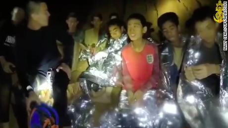 Thai boys rescued from cave mourn diver who died