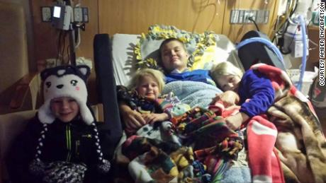Alyssa Gilderhus with her siblings at the Mayo Clinic.
