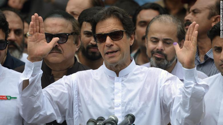 Imran Khan close to forming Pakistan coalition, Cabinet decided