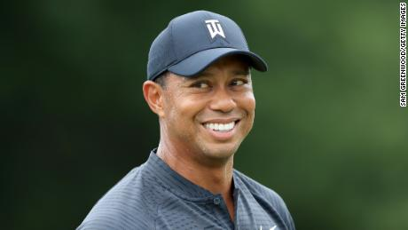 Tiger Woods Is Through 9 Holes In Final Round - Here's His Score