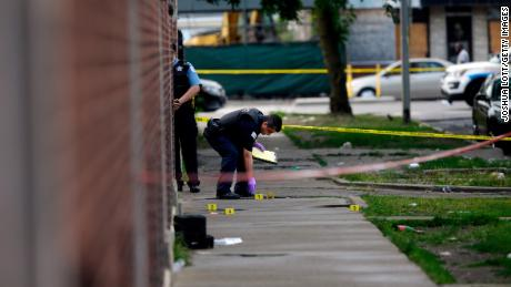 Le taux de meurtres à Chicago en baisse pour la deuxième année consécutive