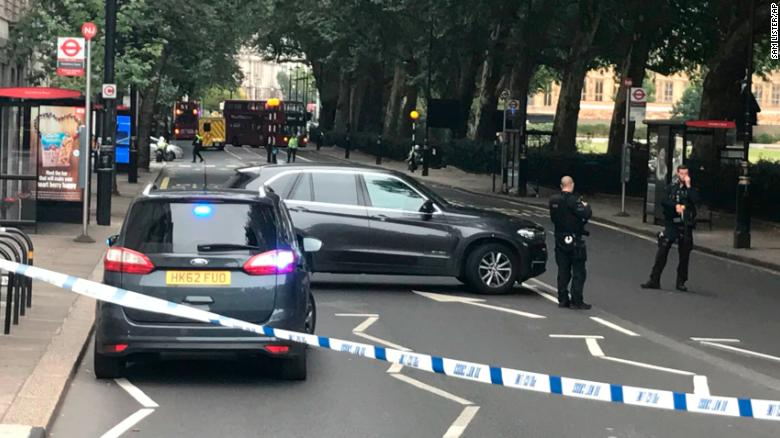 Man arrested after auto crashes into UK Houses of Parliament security barrier