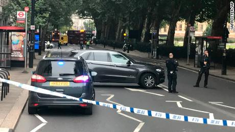 'Number of pedestrians' injured by car outside UK parliament