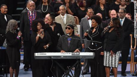 Aretha Franklin funeral: Nation mourns and celebrates the Queen of Soul