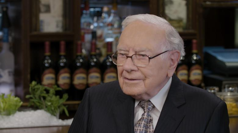 Buffett: I'm not worried about America's future (2018)