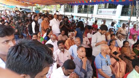 Kerala: Nuns stage sit-in protest demanding Bishop Mulakkal's arrest