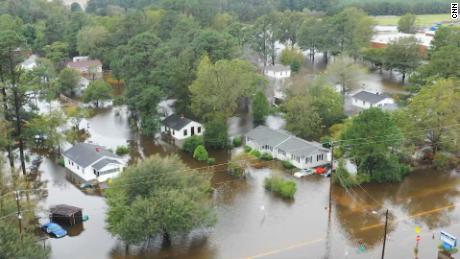 Flooded town of New Bern, N.C., turns a corner