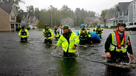 Hurricane cleanup: How to stay safe when returning home