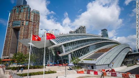 China & El arresto de un hombre de Hong Kong pone de relieve una controvertida estación de ferrocarril compartida