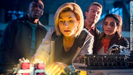 Fans thrilled with female Dr Who premiere