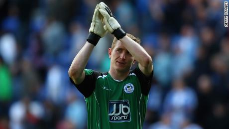 Chris Kirkland captured during a game against Bolton Wanderers in 2009