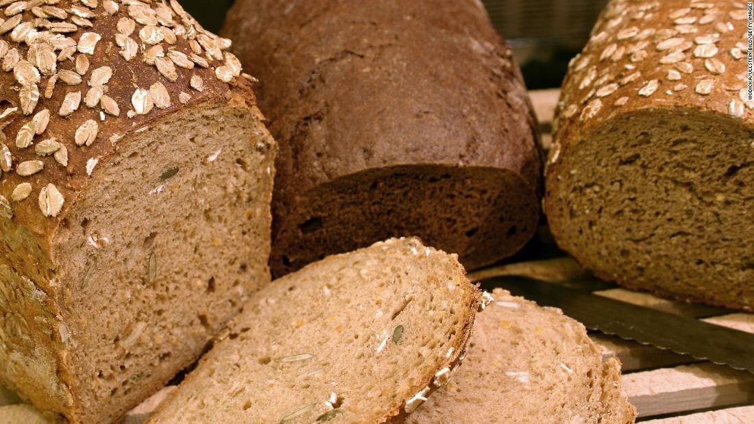 Eating more gluten early in life is tied to children's higher risk of celiac disease - CNN