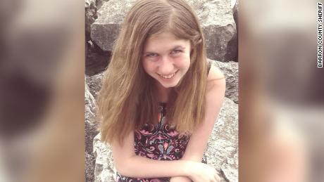 Volunteers searching for evidence related to Jayme Closs case