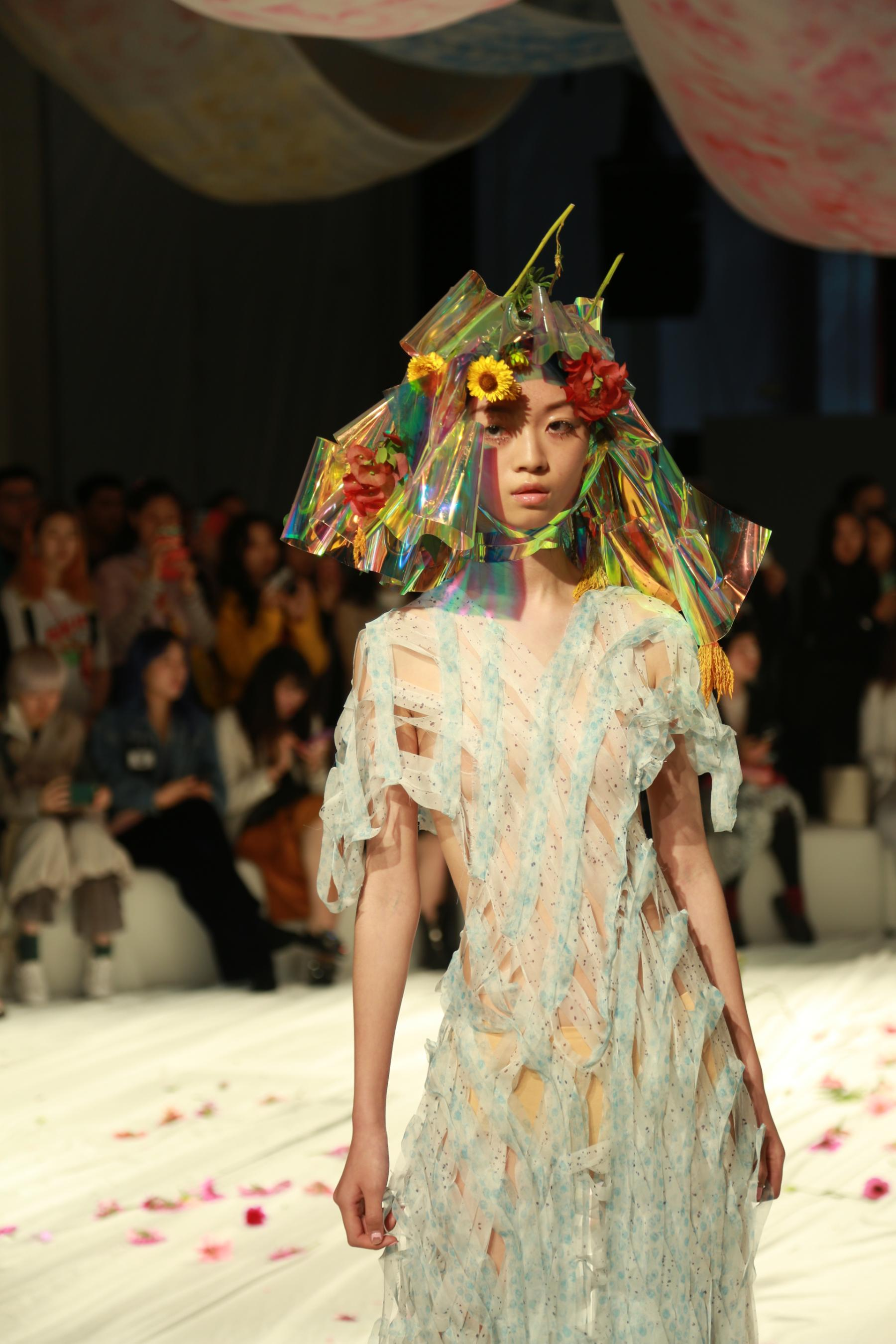 Shanghai Fashion Week The New Made In China Cnn Style