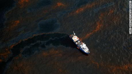 Taylor Energy oil spill 'bigger than Deepwater Horizon' after flowing for 14 years