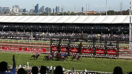 Cross Counter wins Melbourne Cup in wet conditions