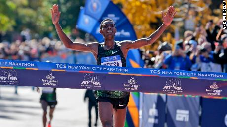 Kenya's Mary Keitany Wins NYC Marathon For 4th Time In 5 Years