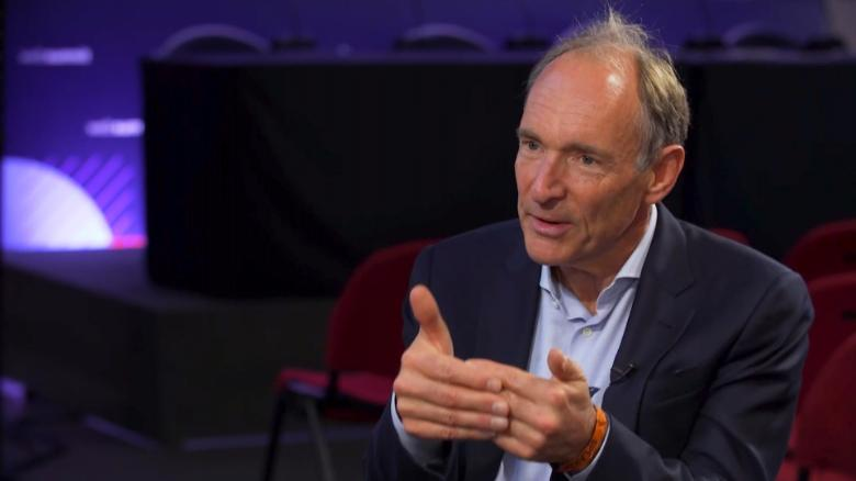 Internet inventor Berners-Lee to battle Google, Facebook with new web platform